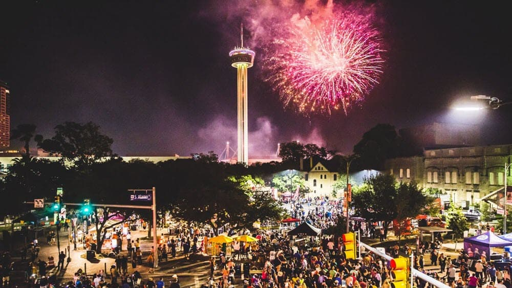 Fiesta-Fiesta-at-Hemisfair-San-Antonio