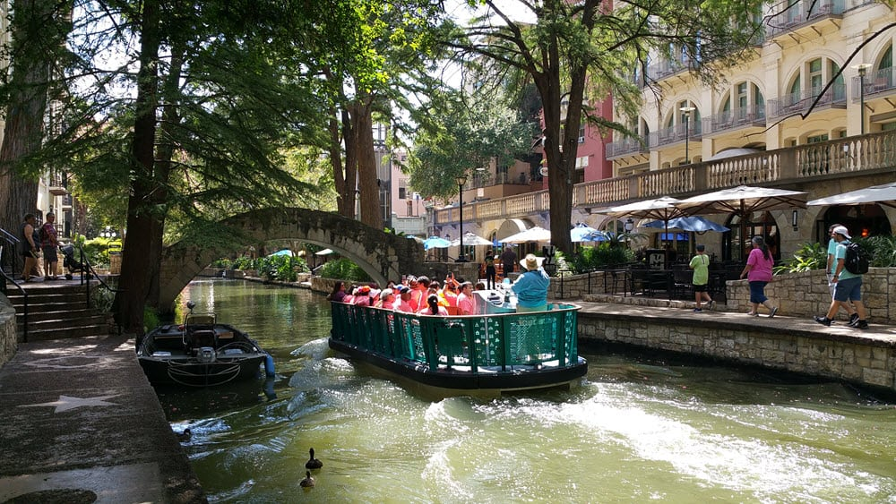 riverwalk-san-antonio