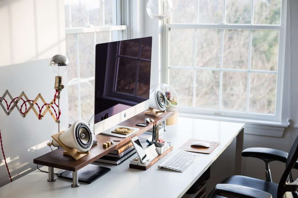 computer-office-electronics-workspace